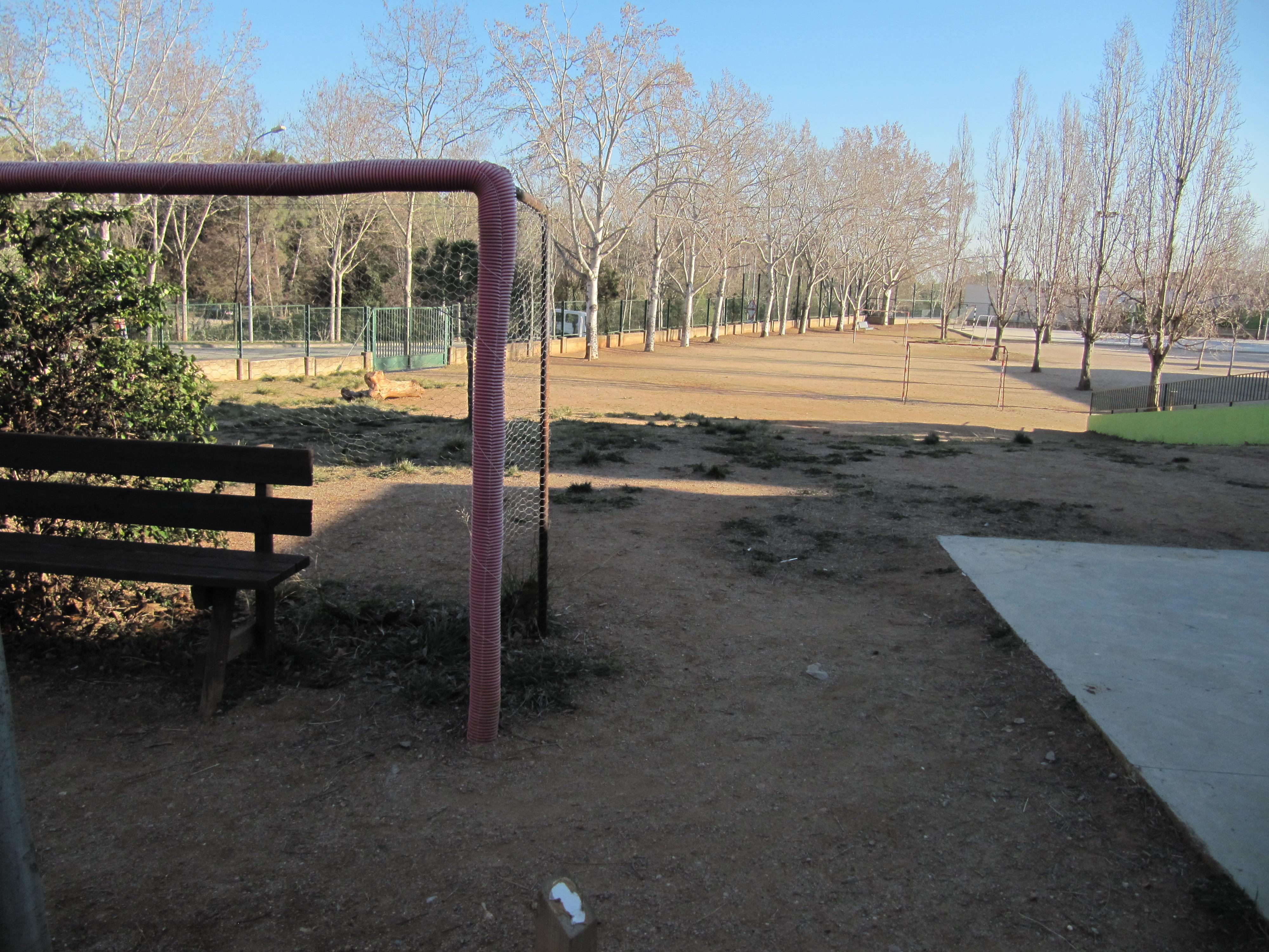 http://elnousafareig.org/2016/02/19/escola-publica-sant-esteve-de-castellar-del-valles-recull-didees-i-propostes/
