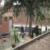 L'entrada de l'escola enjardinada ens dóna moltes possibilitats per pensar la seva integració com a espai de vida...